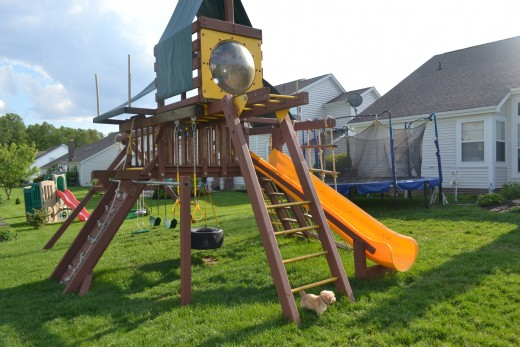A-Frame Play Set With Monkey Bars and Penthouse
