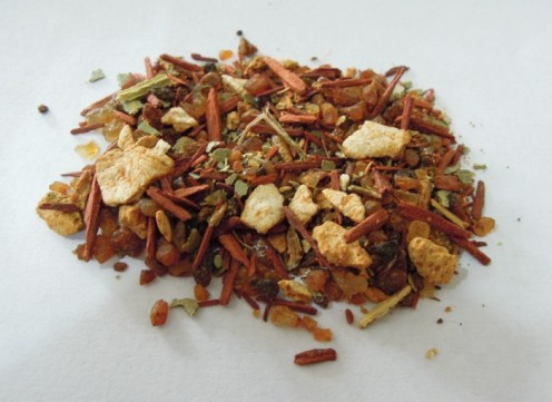 Loose incense can be made using a wide range of safe and natural materials such as herbs, spice, resins and berries.