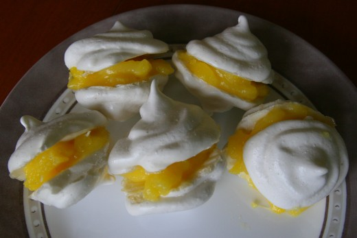 Lemon meringue cookies - a sweet-tart treat on a summer day!