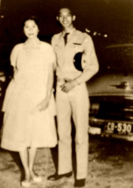 Ma and Pa in their college years.