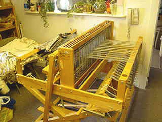 The Weaver's Loom of Happiness
