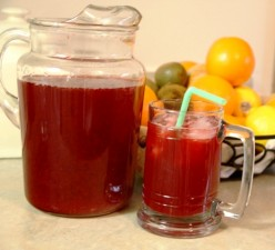 Two quarts of fresh and healthy raspberry lemonade