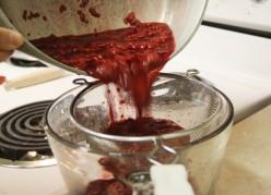 Strain the raspberries.