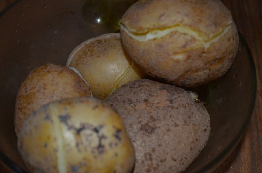 Boil Potato, with salt