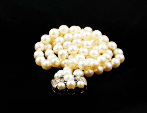 All pearls are grown by their own organic processes, the difference is that fresh water oysters are encouraged to mature faster.