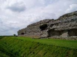 Ruins of the Roman fort at Richborough. (Ruptiae)