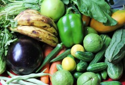 Fresh fruits and vegetables for constipation relief