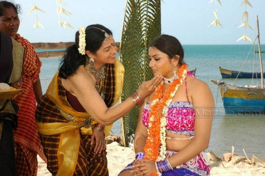Hot Namitha Cleavage Pictures