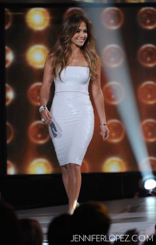 American Idol Fashion and Trends 2012 - White Dress