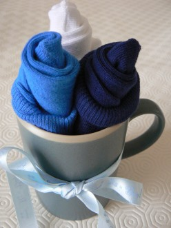 How to Make Baby Sock Flowers in a Cup