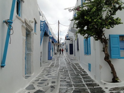 This is a typical street on the Cycladic island of Mykonos. (The photograph was taken by Bernard Gagnon on October 11, 2011.)