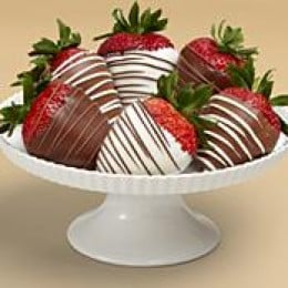 Yummy! How could anybody go wrong with chocolate covered strawberries?