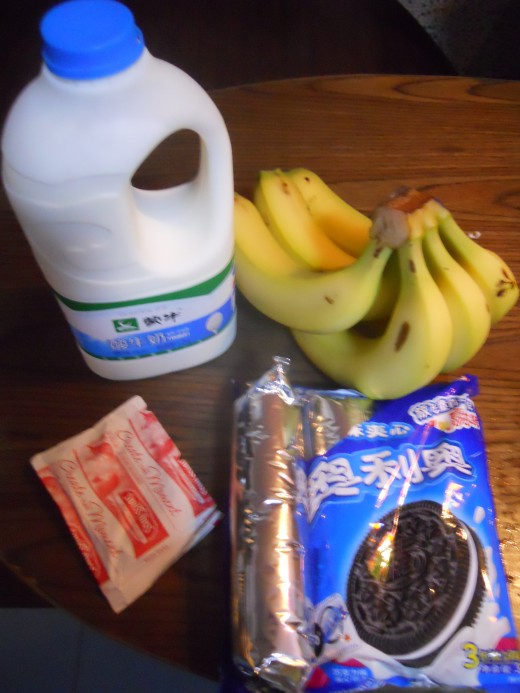 Yogurt, Bananas, Hot Chocolate Mix and Oreos