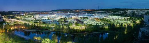 Built within a disused quarry, arrival at Bluewater feels like arriving at a special hidden city.