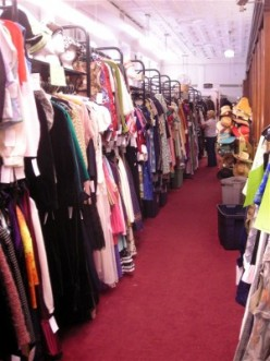 Antiques and Collectables for Beginners: Vintage Clothing