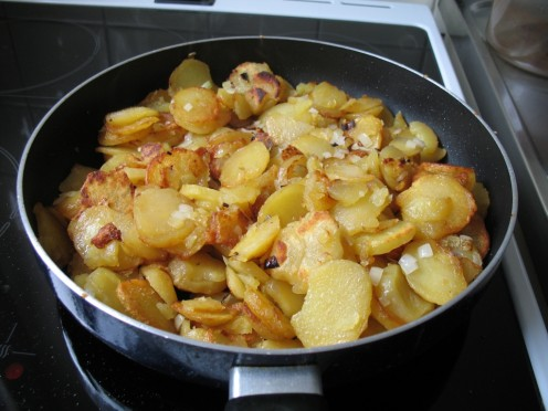 Fried Potatoes with Onions