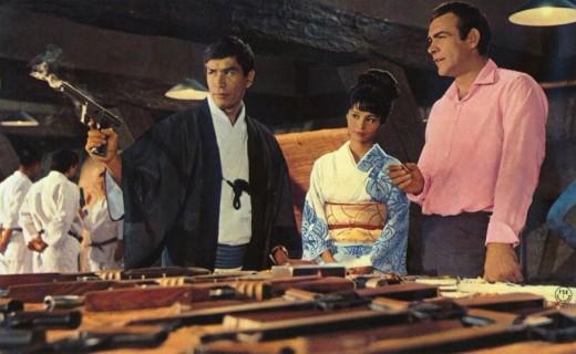 Tetsuro Tanba, Akiko Wakabayashi and Connery