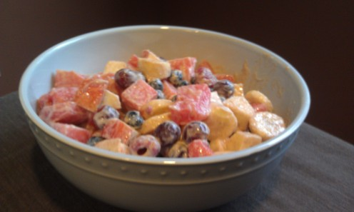 Easy fruit salad with yogurt dressing