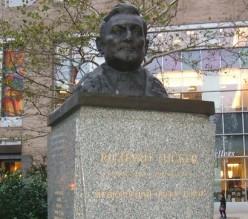 Richard Tucker Monument
