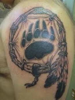 爪印的纹身 | 广州爱华正妹