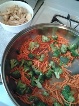 broccoli and carrots with chicken set aside