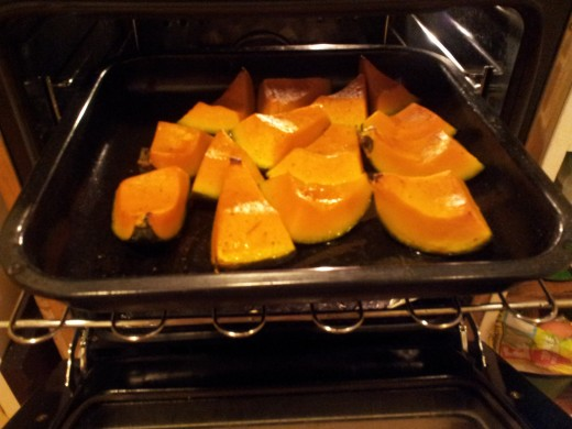 Roasting pumpkin pieces