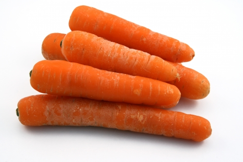Buy fresh, bright color carrots