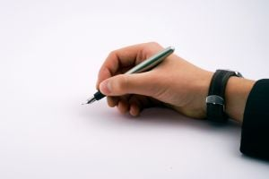 The cover letter is the first thing an employer sees. Make yours reflect your personality!