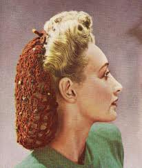 Woman wearing snood popular in the 40s