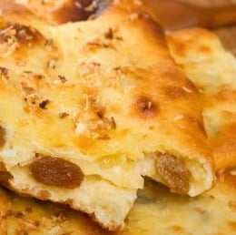 MOP UP THE SAUCE WITH THIS AMAZING BREAD
