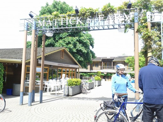 Entrance to Mattick's Farm