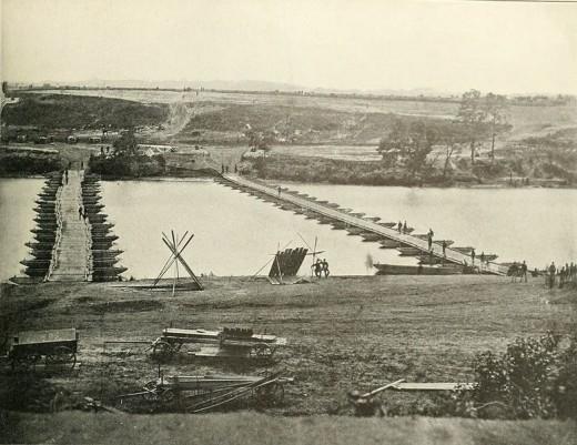 Pontoon bridges built at Fredericksburg