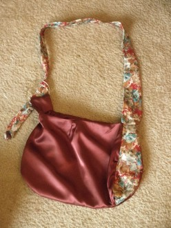 "How to Make Your Own Home Sewn ""Designer"" Tie Purse"