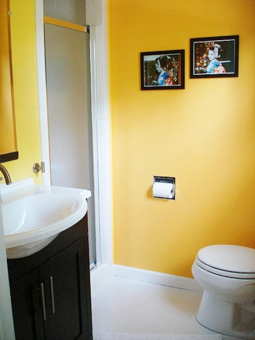 A Yellow Bathroom