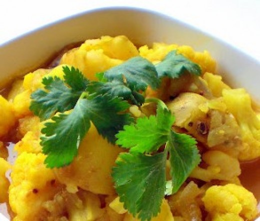LEMON ALOO GOBI GARNISHED WITH FRESH CORIANDER (CILANTRO)