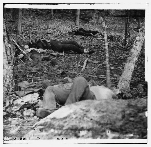 Dead soldiers on Gettysburg battlefield