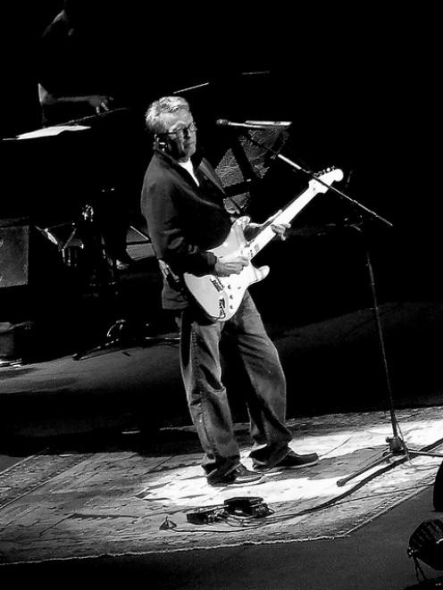 Play guitar like Eric Clapton.