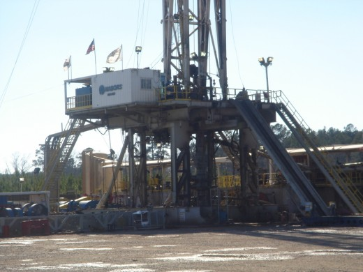 Oil Rig Life: Oil Drilling Rig Jobs in Alberta | HubPages