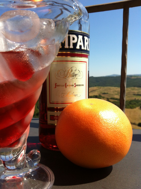 Easy Mixed Drinks: Campari Grapefruit Cocktail
