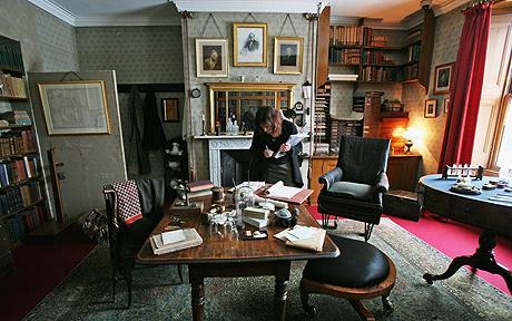 Charles Darwin actual cabin in the HMS Beagle