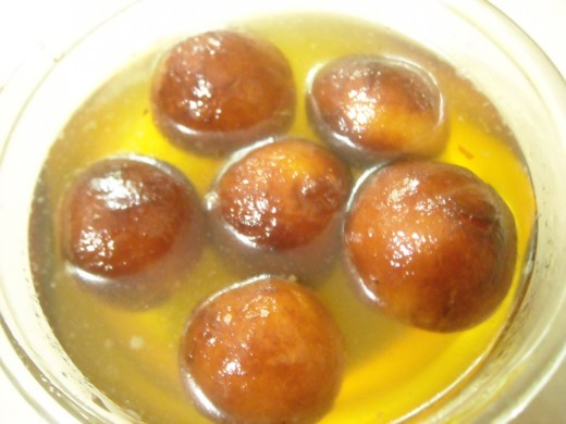 gulab jamuns from milk solids
