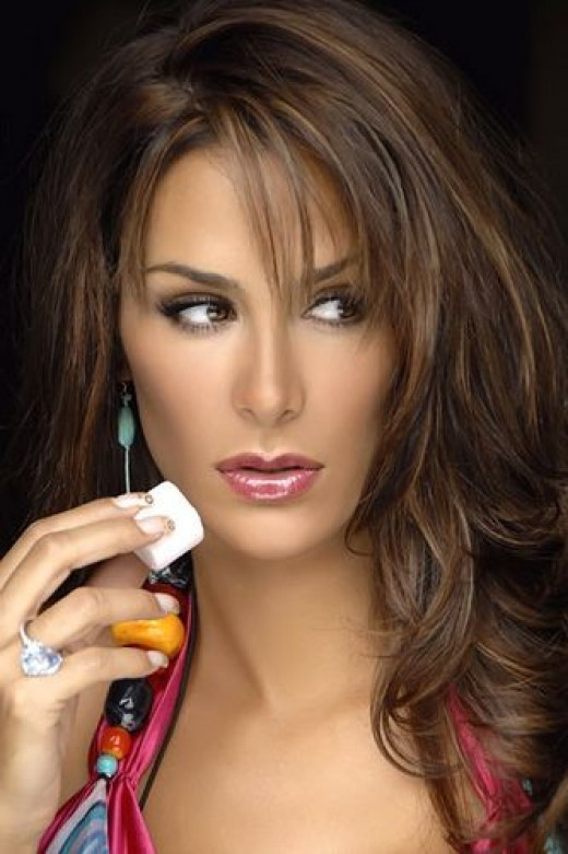 Beautiful Mexican Actress - Ninel Conde