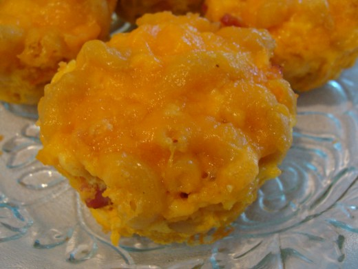 Macaroni and Cheese Muffin Cups