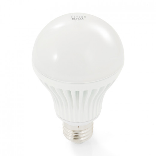 World's first networked dimmable light bulb - INSTEON LED Bulb | image credit: Smarthome.com