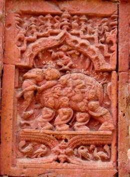 NABANAARIKUNJARA : A group of nine GOPINI-s (female companions of Radha) forming an ornamental elephant with Radha-Krishna on its back; Raghunath temple
