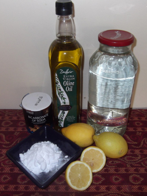 Simple store cupboard items suitable to make home made cleaning products