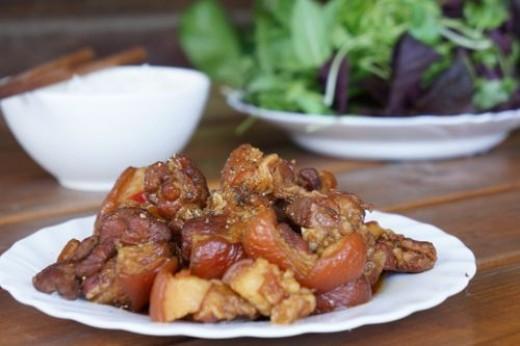 Caramelised pork - thit kho tau, my favourite childhood dish