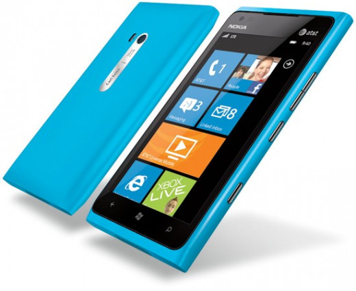 Nokia Lumia 900 - the still-born 2012 flagship of the Lumia family