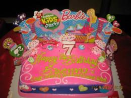 A Barbie birthday cake