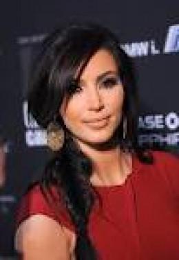 Kim Kardashian in Fishtail Briaids
